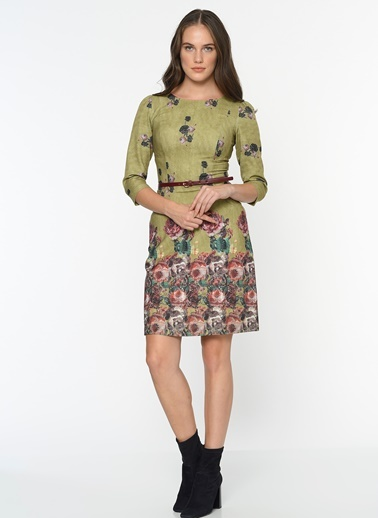 Çiçek Desenli Kısa Elbise-Bovona